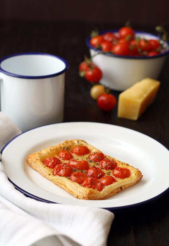 Tarta tomate queso / tomato cheese tartelette