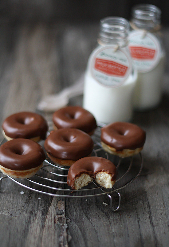 Donuts de chocolate (Chocolate doughnuts)