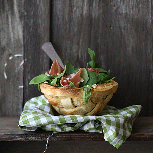 Salad lattice bowl