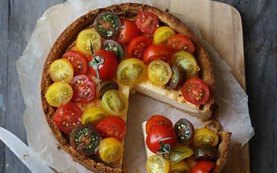Cheesecake salado con tomates