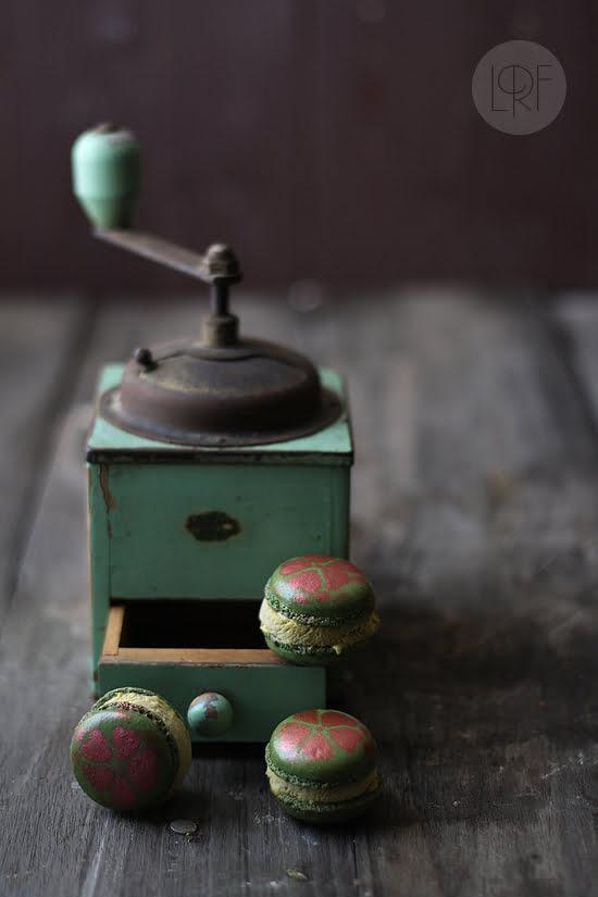 Macarons con helado de pistacho
