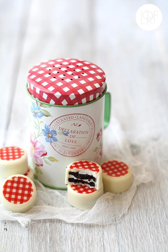Mini Oreo bañadas en chocolate